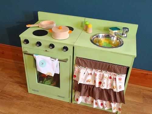 play kitchen photo