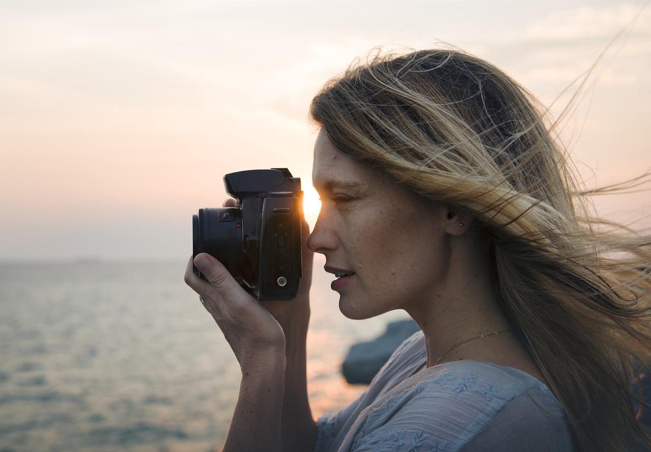 woman camera photo