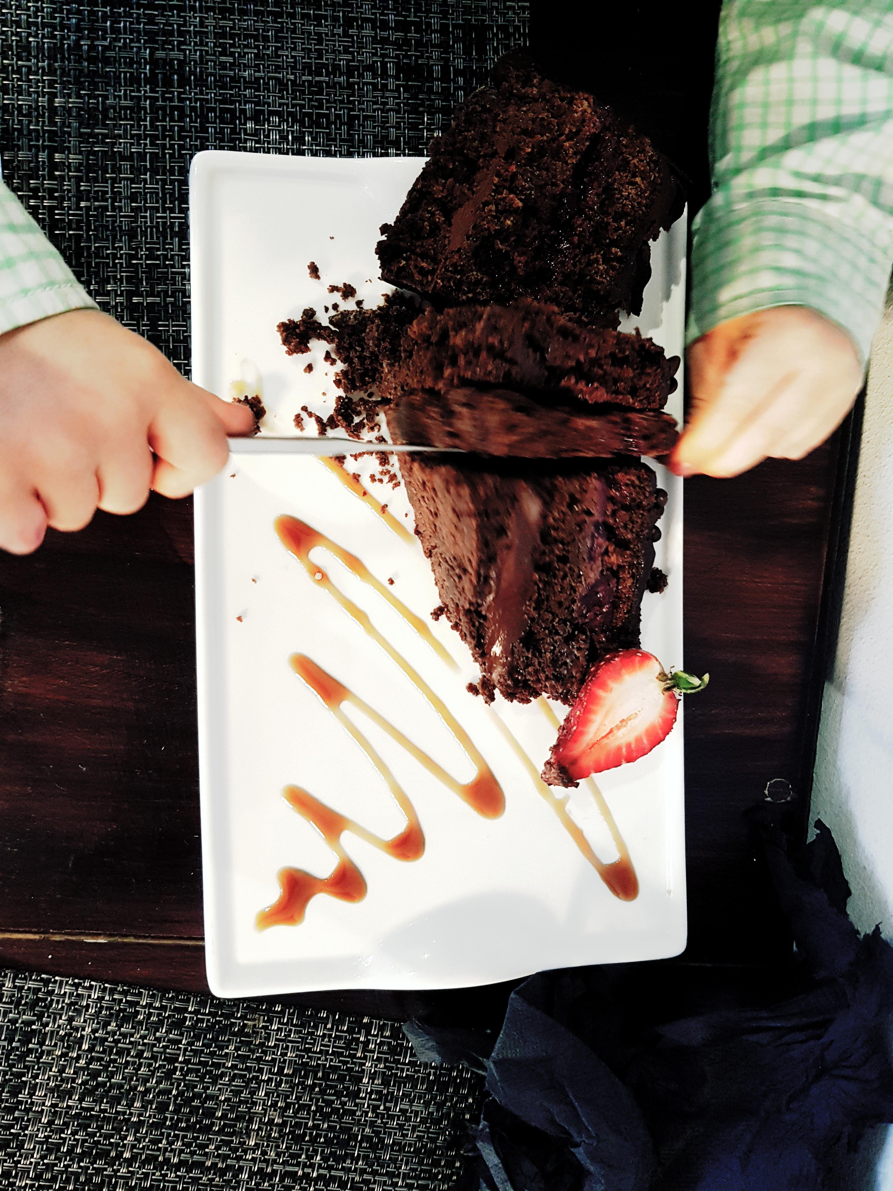 cafe caju cake