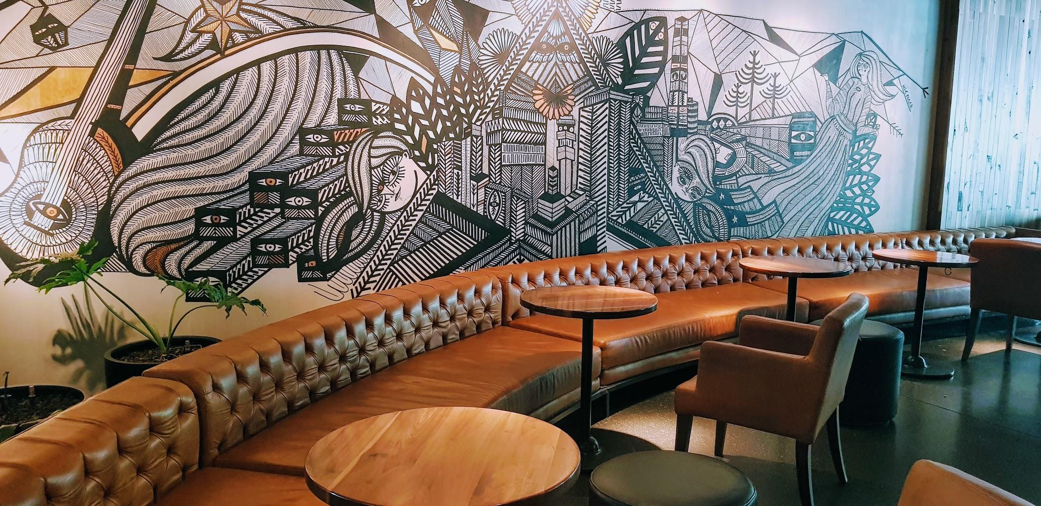 Starbucks Isidora Goyenchenea