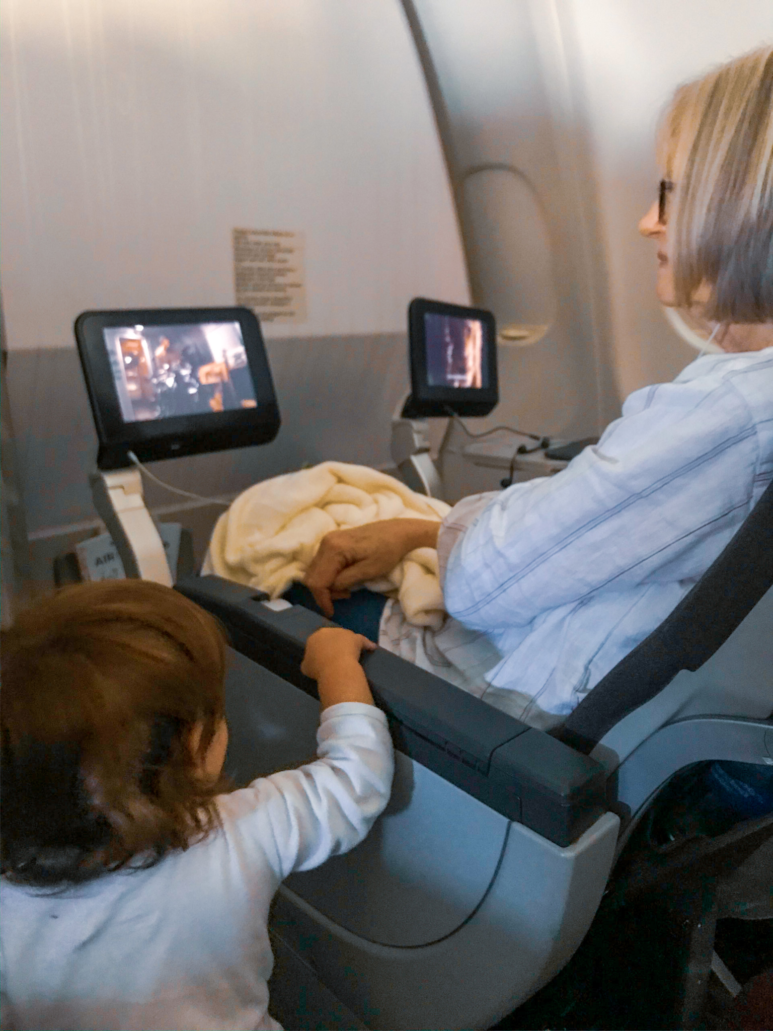 flying with toddlers long haul