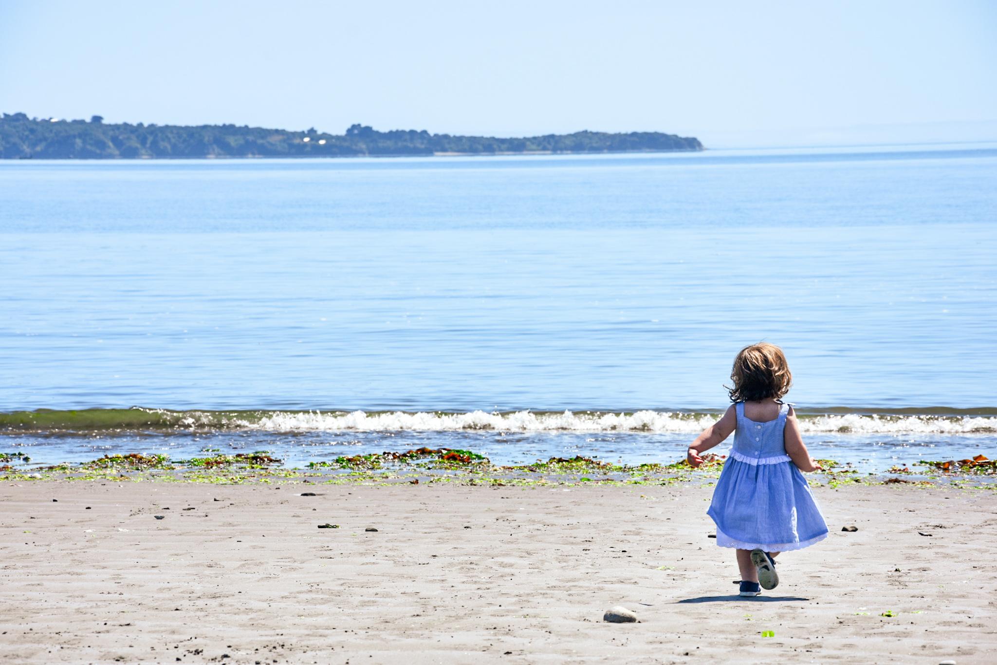chiloe beach with children