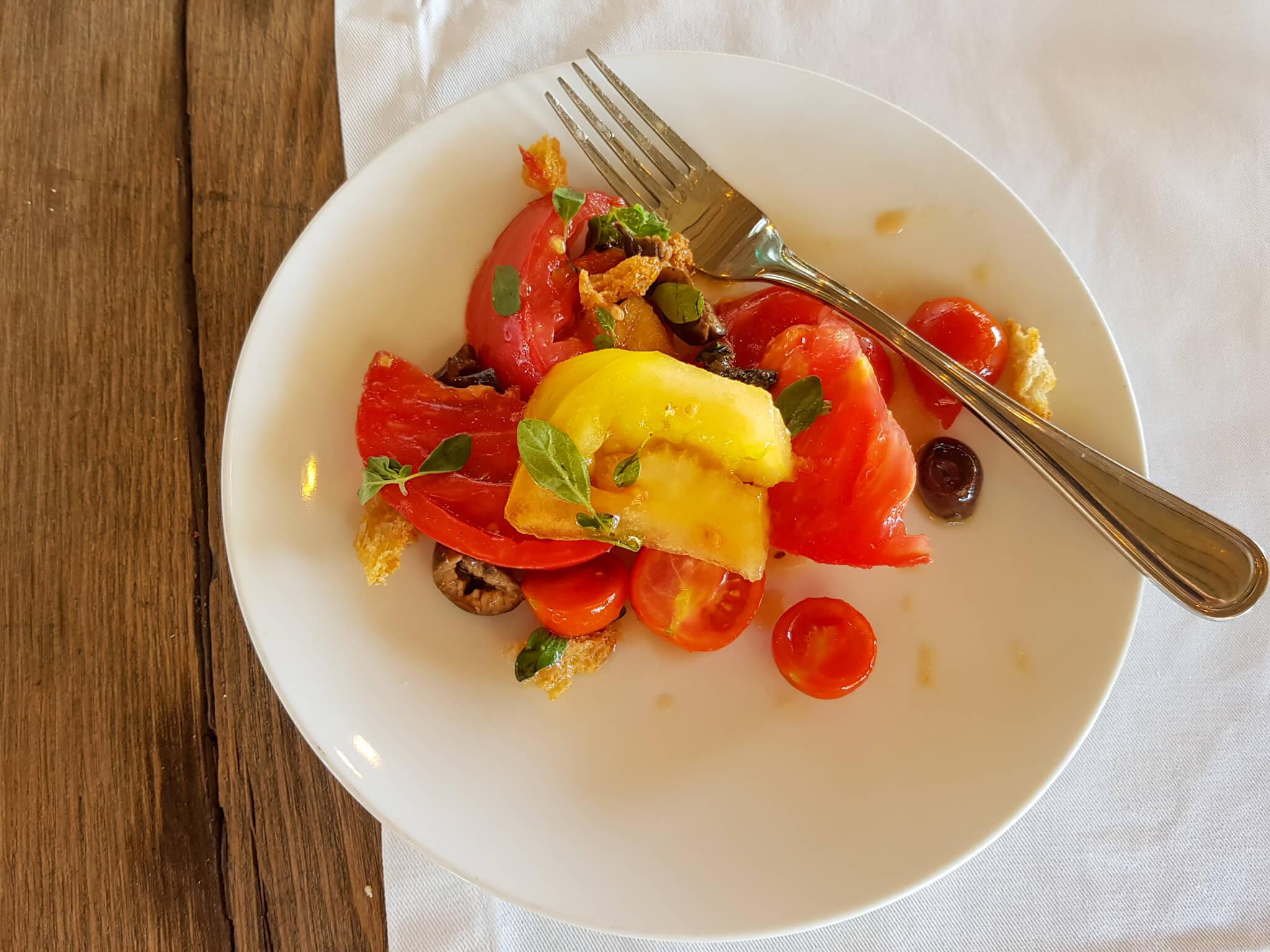 Fuegos de Apalta menu - tomatoes